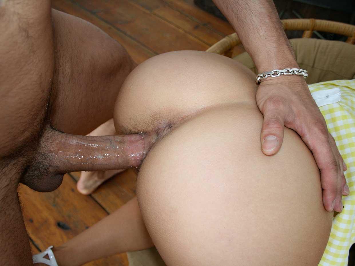 Olgun karı Üvey oğluna sakso çekiyor  Porno izle Sikiş